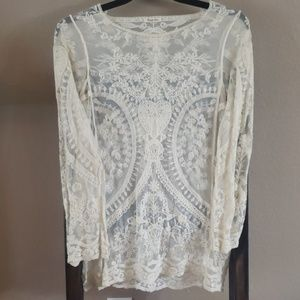 Phase One Medium Lace top